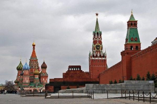 Бруд за дорученням Кремля