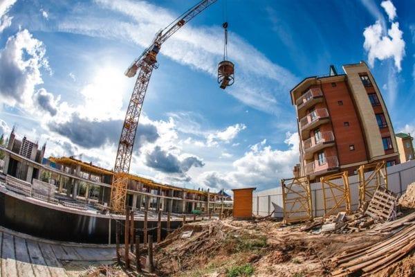 """У """"Пасічній"""" півгектара землі забудують багатоповерхівками на 240 квартир"""